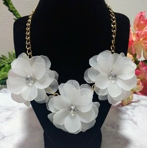 Jewelry - Sheer White Flower Statement Necklace